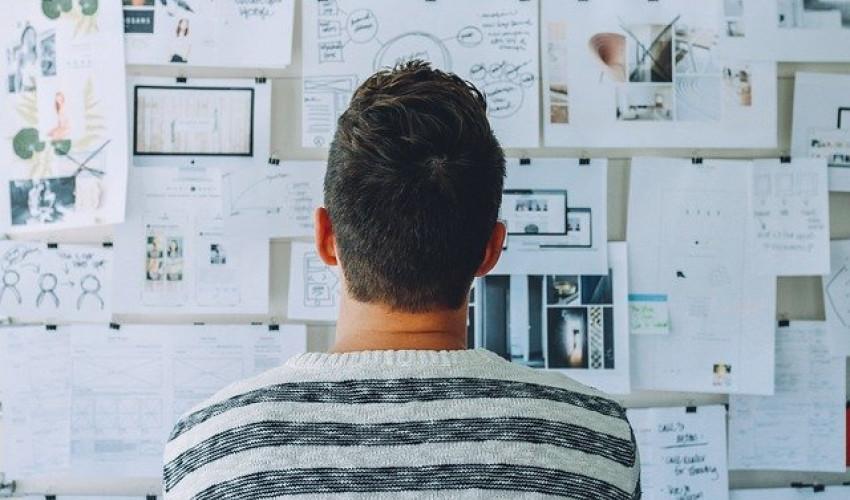 Бизнес в интернете, интернет-кафе, создание собственного сайта, фриланс, веб-дизайн, заработок в Сети, реклама, онлайн-продажа, перспективный бизнес, коммерция.